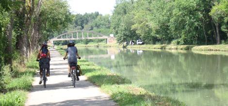 canal y puente